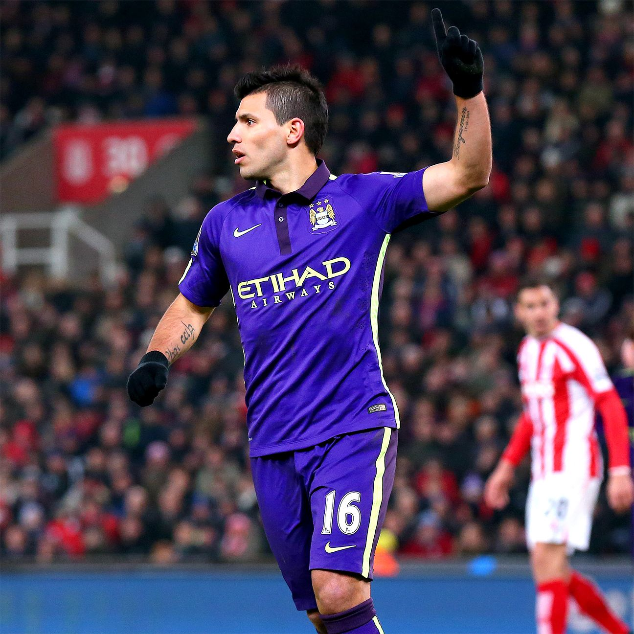 Sergio Aguero struck for a goal in each half to help Manchester City down Stoke 4-1.