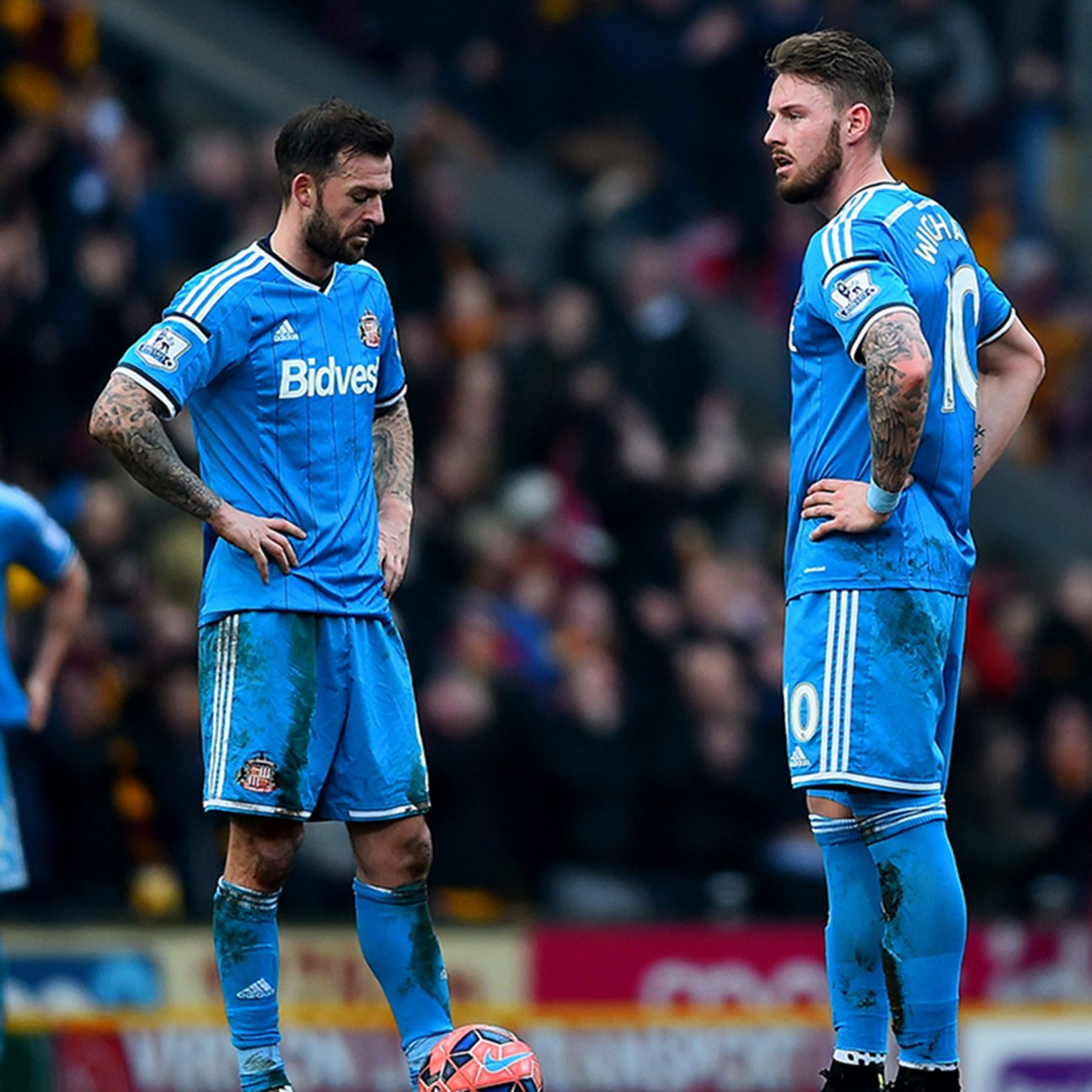 Will Sunderland remain in the Premier League next season or drop to the Championship?