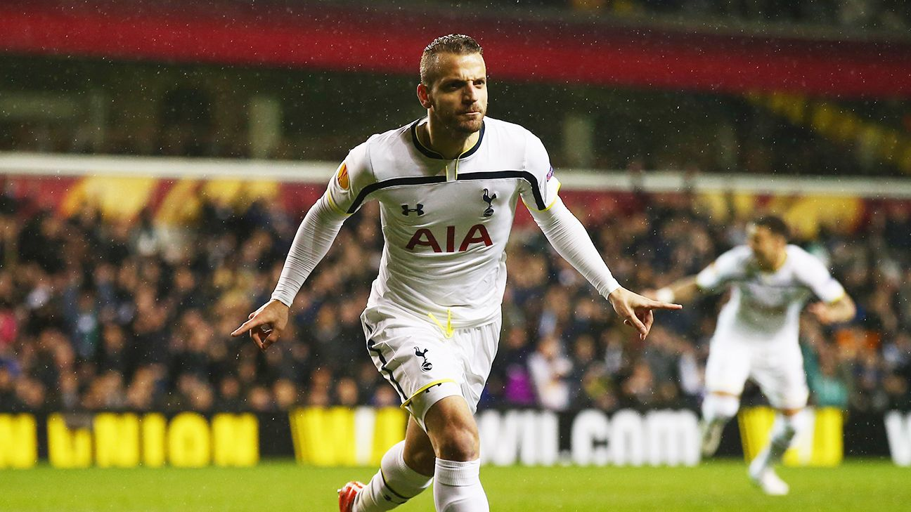 Roberto Soldado scored his first goal since November to put Tottenham ahead inside the first ten minutes of their 1-1 draw with Fiorentina.
