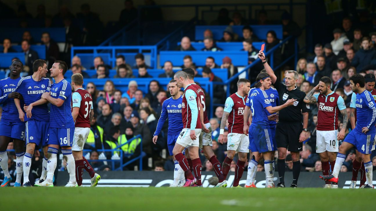 Mourinho correct about Atkinson display at Chelsea, says Hackett