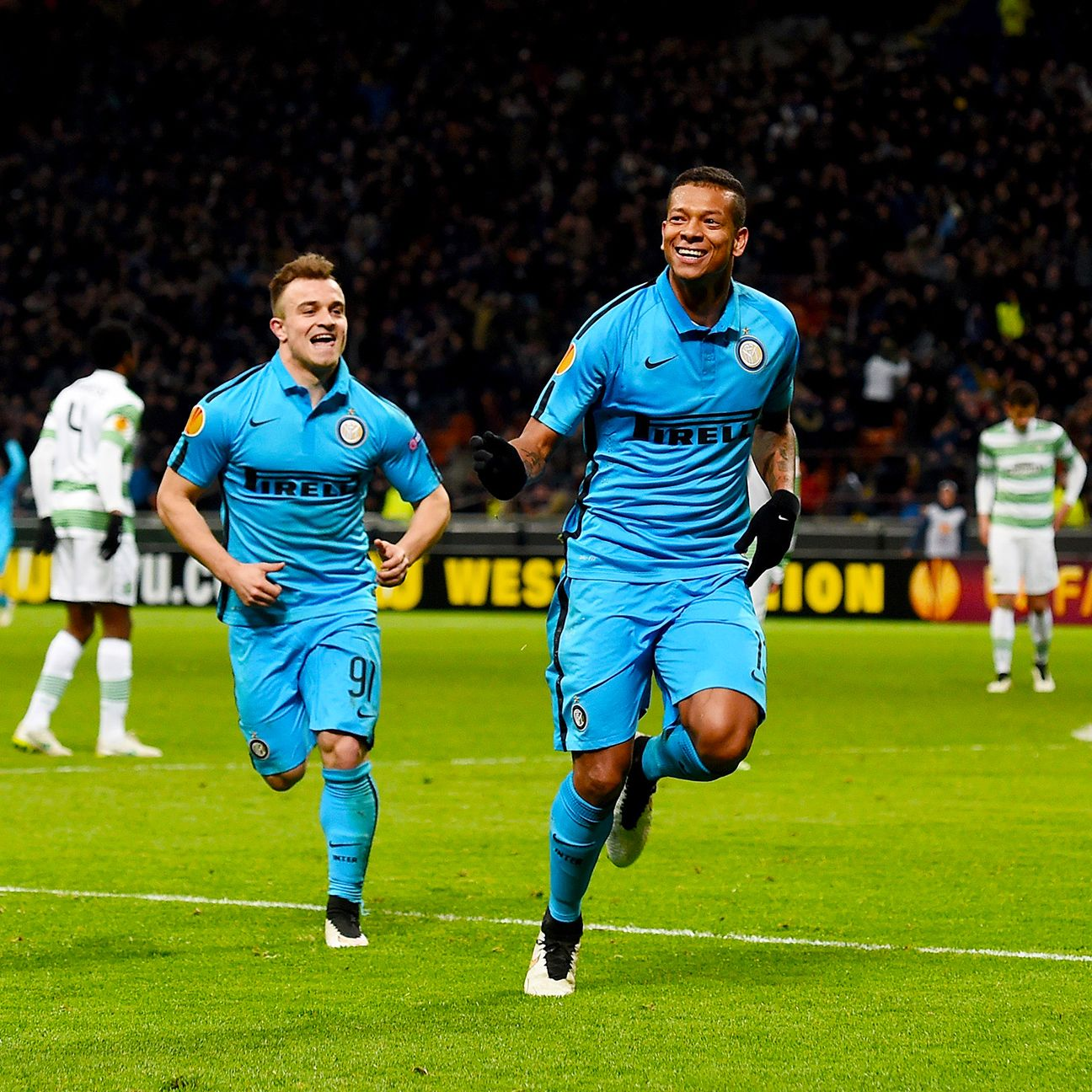 A rocket from Fredy Guarin paved the way for Inter's place in the Europa League round of 16.