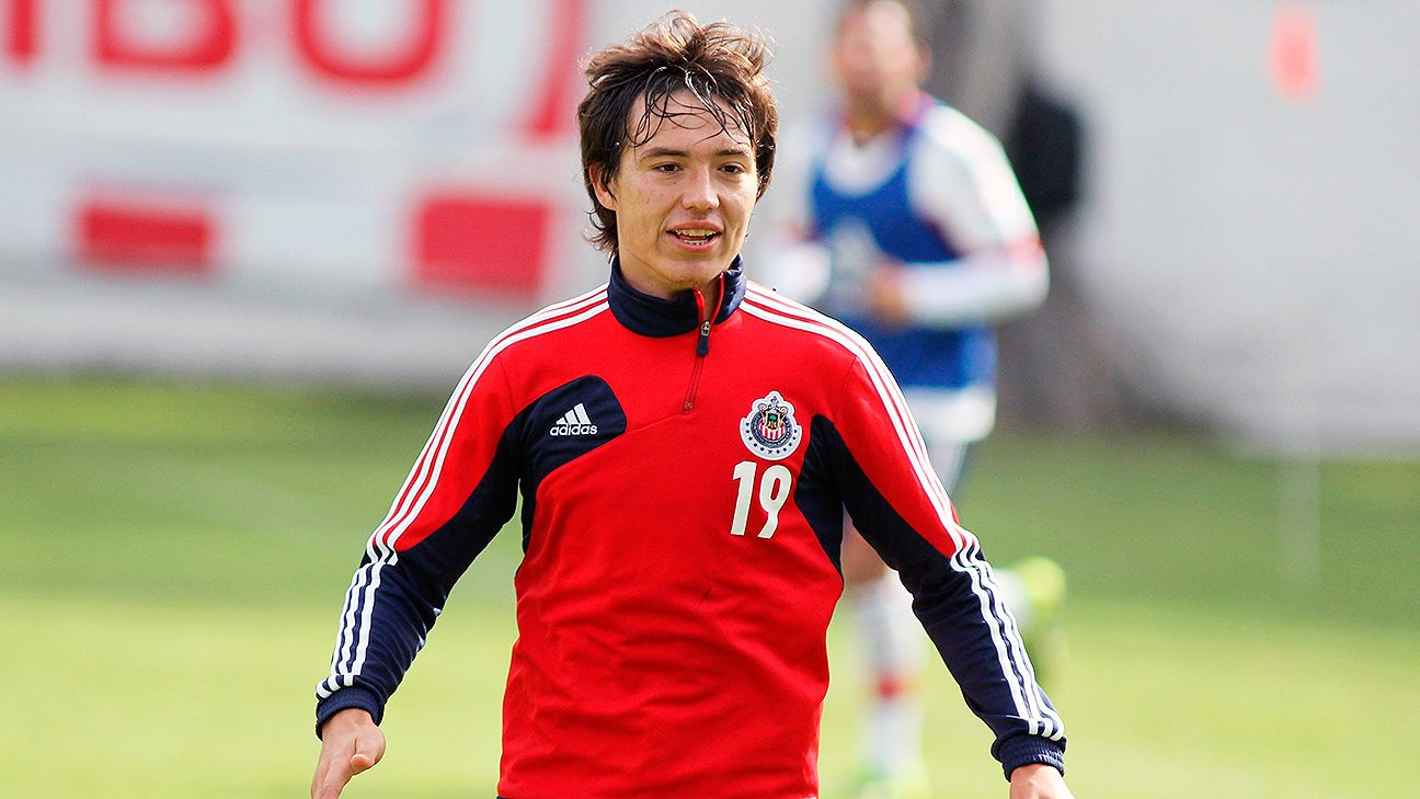 The increased competition for spots at Chivas has left striker Erick Torres on the outside looking in.