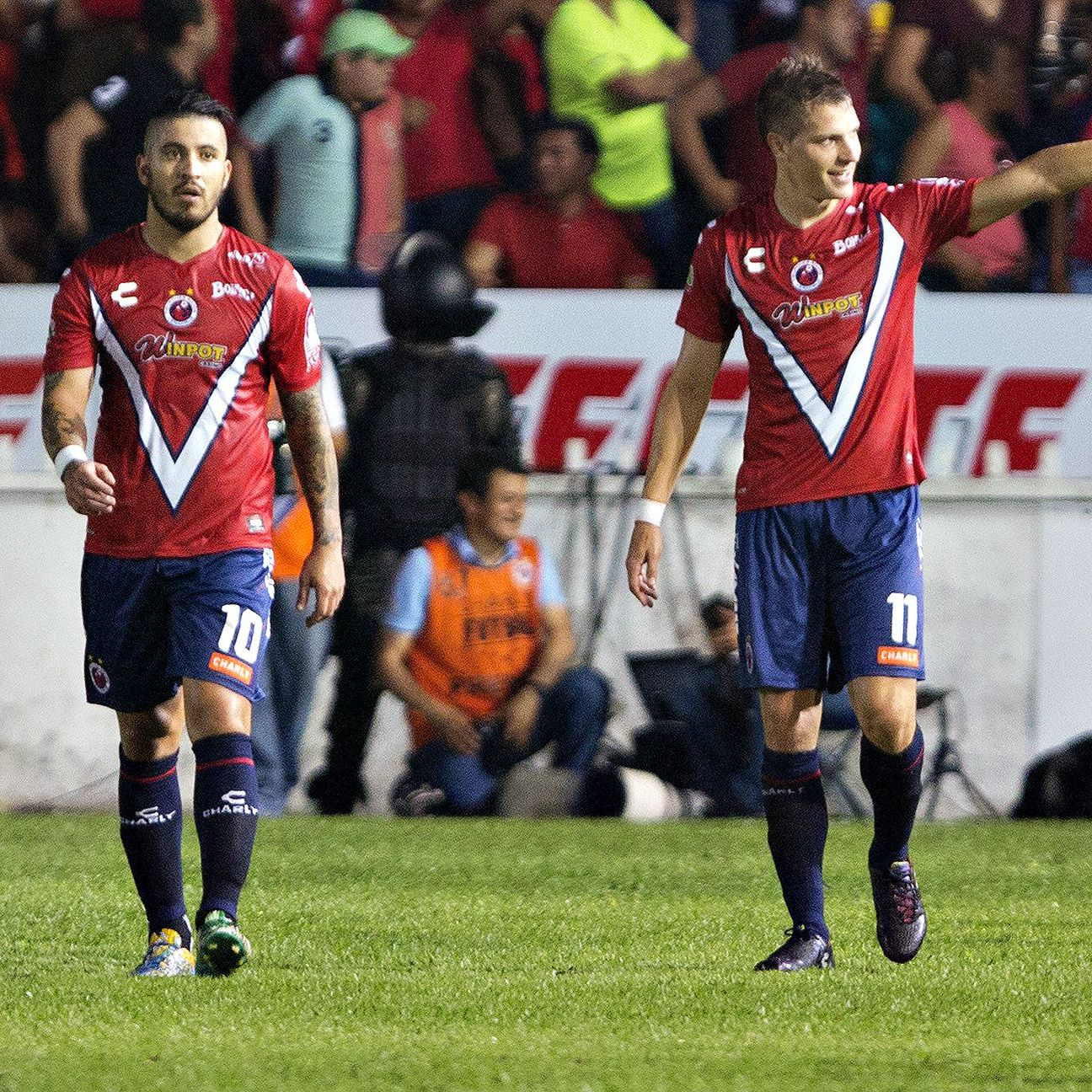 Julio Furch, right, led the charge in Veracruz's walloping of Club America.