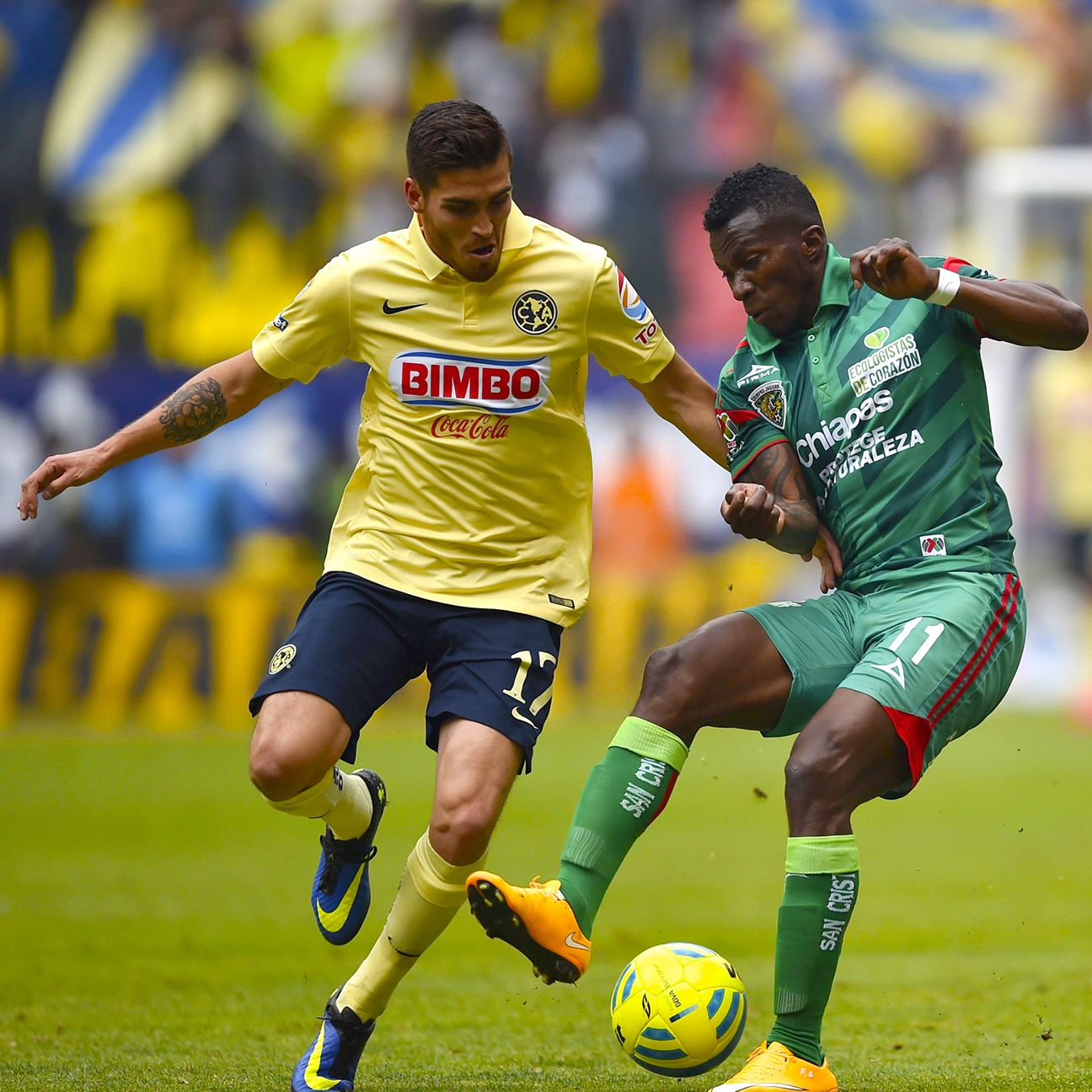 Defender Ventura Alvarado, left, had a standout 2015 Clausura season for Club America.