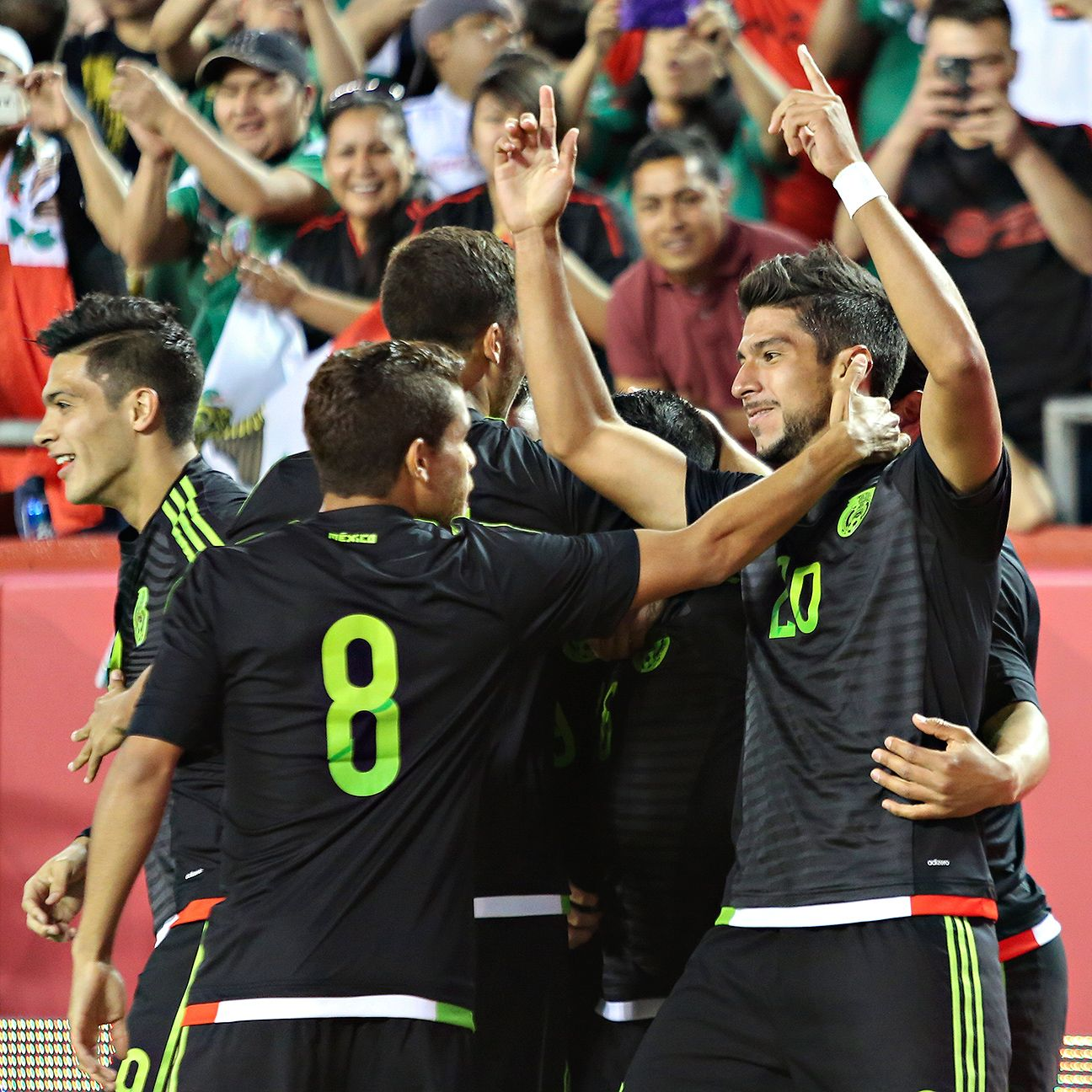 Eduardo Herrera's early strike paved the way to another victory for Mexico.