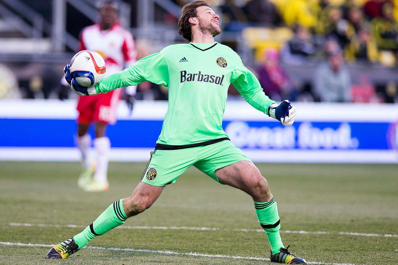 D.C. United signs ex-Columbus Crew SC goalkeeper Steve Clark