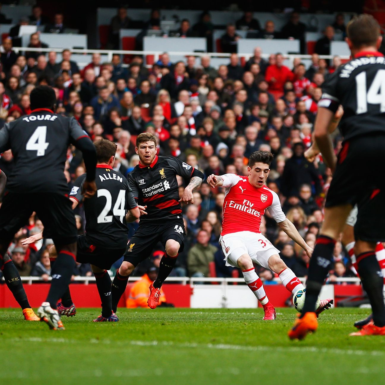 A second straight defeat this weekend would end Arsenal's hopes of finishing second.