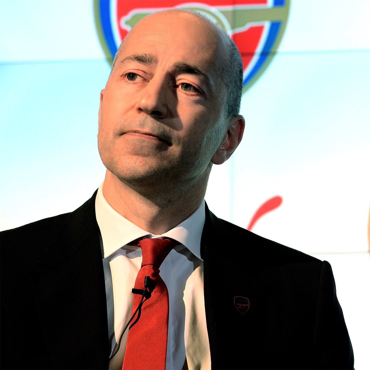 Ivan Gazidis is to stand down as Arsenal CEO and move to AC Milan.