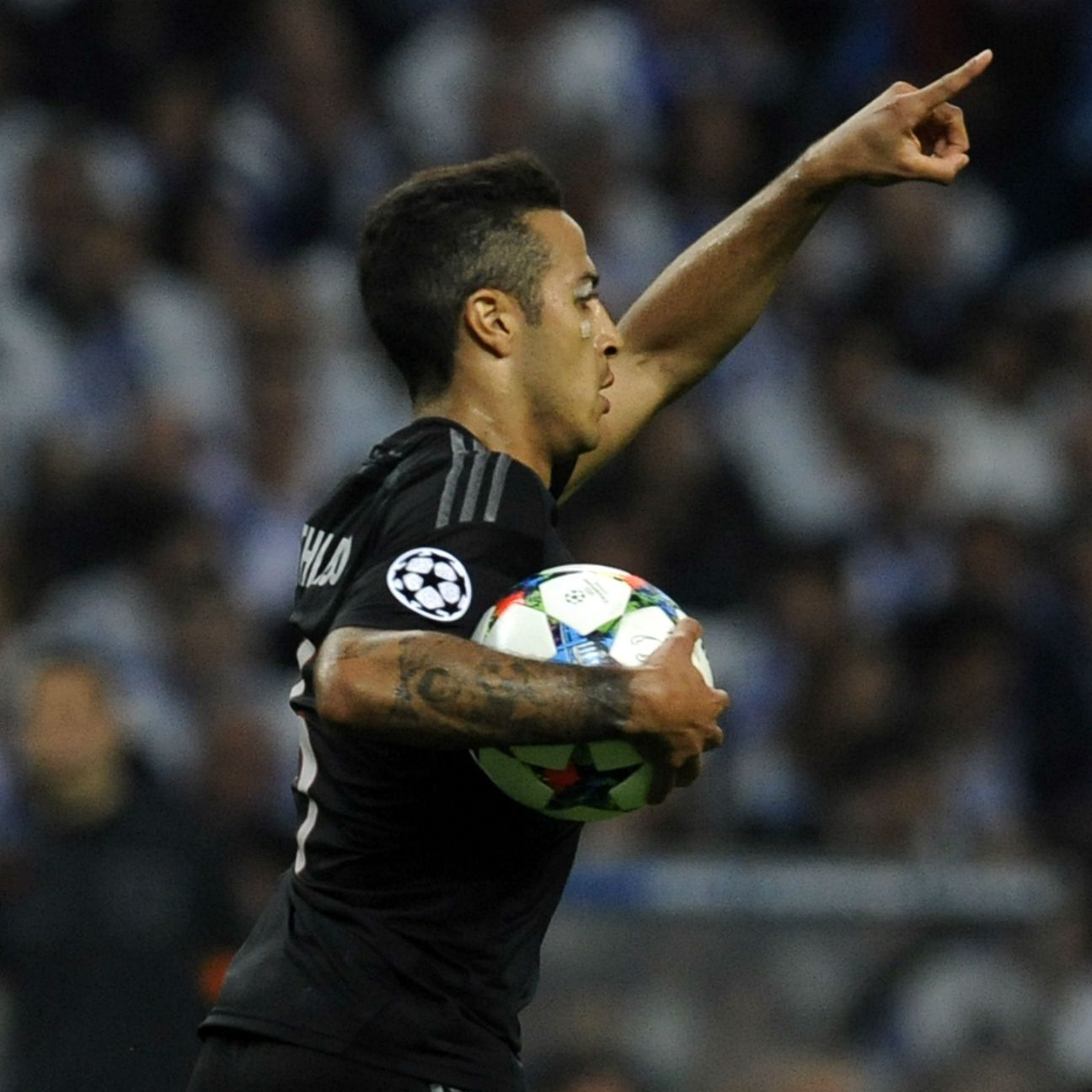 Thanks to Thiago's crucial away goal in the first leg, a 2-0 home win over Porto in Tuesday's return leg would see Bayern through to the Champions League semifinals.
