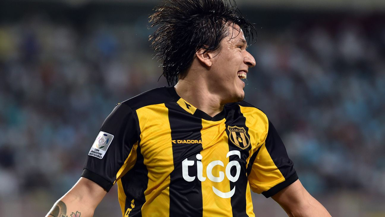 A goal at Racing on Thursday night from Federico Santander would go a long way to helping Paraguay's Guarani secure a Copa Libertadores semifinal berth.