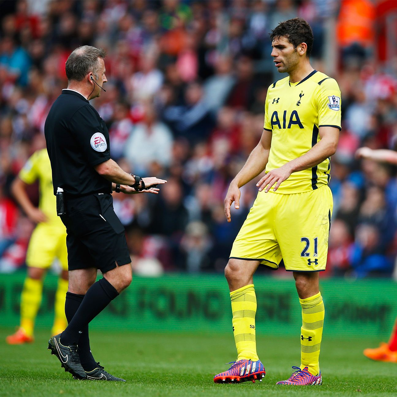 It was a frustrating afternoon all around for Spurs defender Federico Fazio.