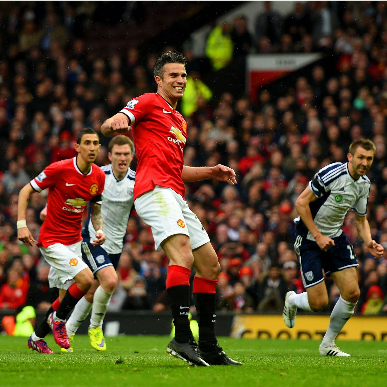 Robin van Persie's missed penalty summed up a miserable day for the Man United attack.