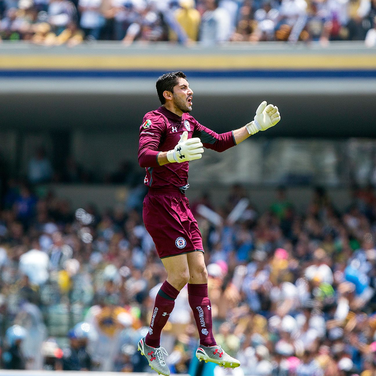 Jesus Corona and Cruz Azul picked up a big momentum-building win at Pumas on Sunday.