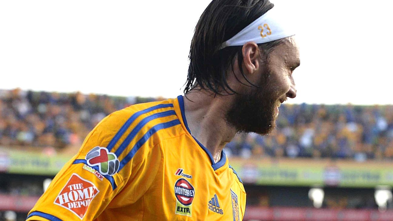 Edgar Lugo and Tigres won the battle at the top against Chivas on Saturday.
