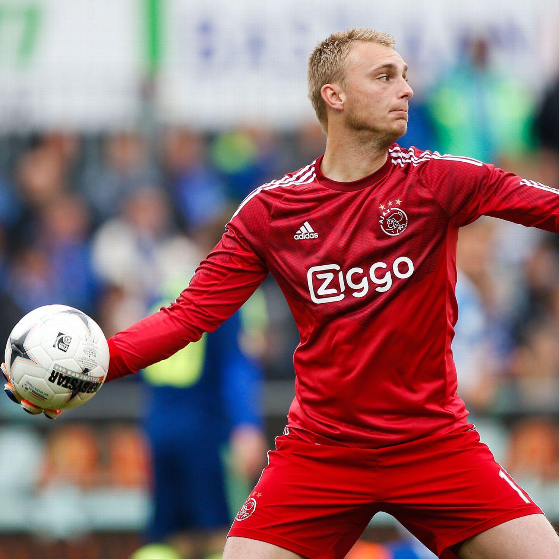 Barcelona sign goalkeeper Jasper Cillessen from Ajax - ESPN FC