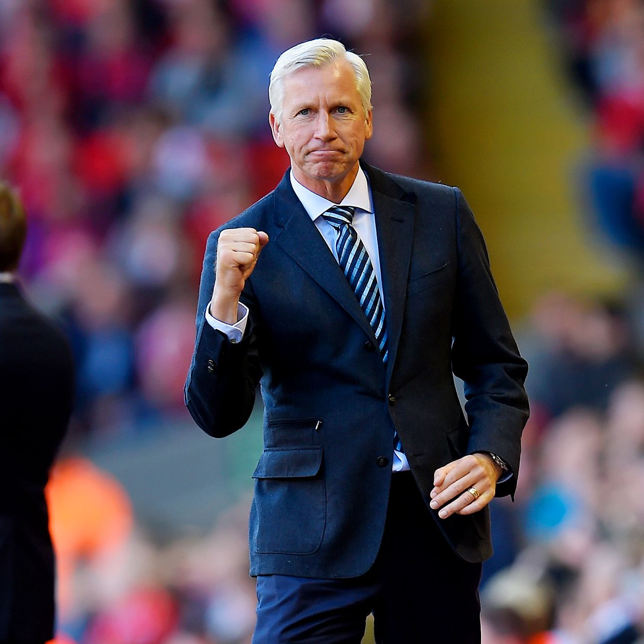 Alan Pardew will be hoping Crystal Palace's early season momentum continues against Manchester City.