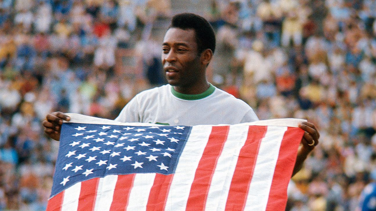 Pele made Cosmos debut 40 years ago, molded U.S. soccer as we know it
