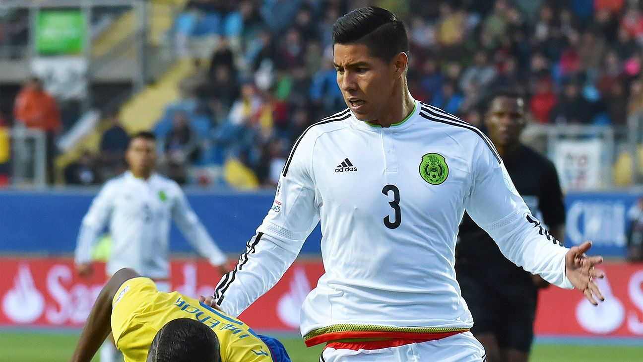 Hugo Ayala struggled mightily in defense for Mexico against Ecuador.