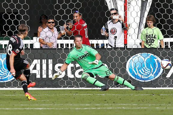 Chris Rolfe scored two goals in leading D.C. United to a win over the New England Revolution.