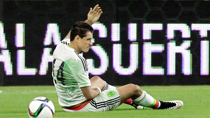 Chicharito Hernandez's Gold Cup is in doubt after reportedly suffering a fractured collarbone versus Honduras.