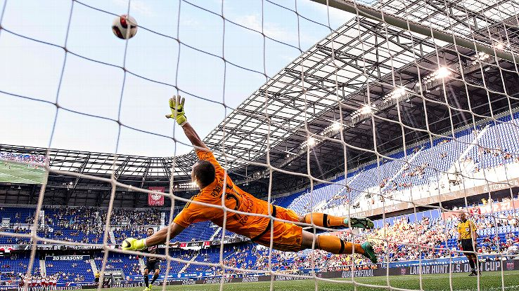 Luis Robles, 2015 MLS goalkeeper of the year, was one of the bright spots at the position this season.