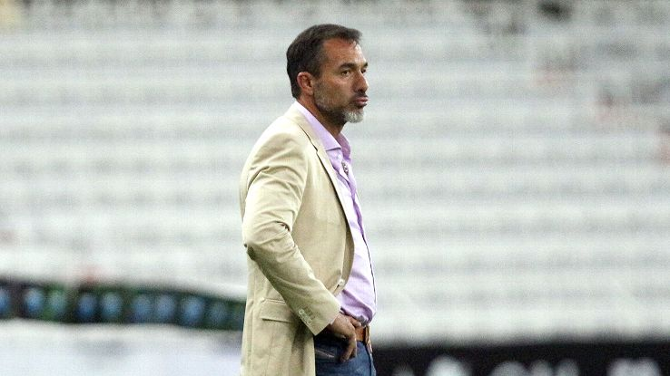 Gustavo Matosas's debut as Atlas boss turned sour in a 2-0 loss to Queretaro.