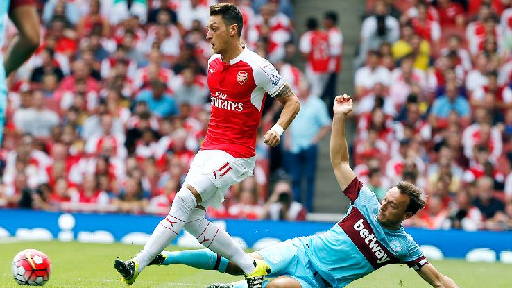 Mesut Ozil was a non-factor in the Arsenal attack against West Ham.