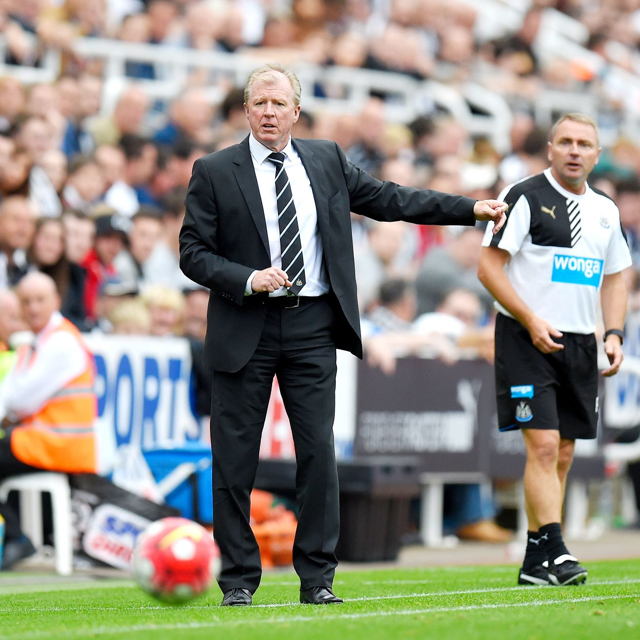Steve McClaren's Newcastle tenure got off to a positive start in front of the home fans.