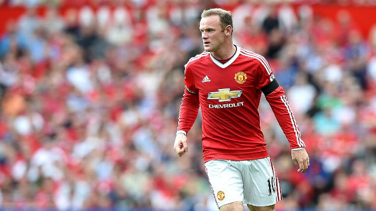 Manager Louis van Gaal has restored Wayne Rooney as the first-choice striker at Manchester United.