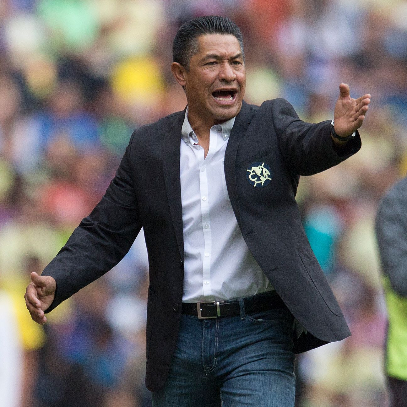 America head coach Ignacio Ambriz is looking to deliver the club its 13th Mexican league title.