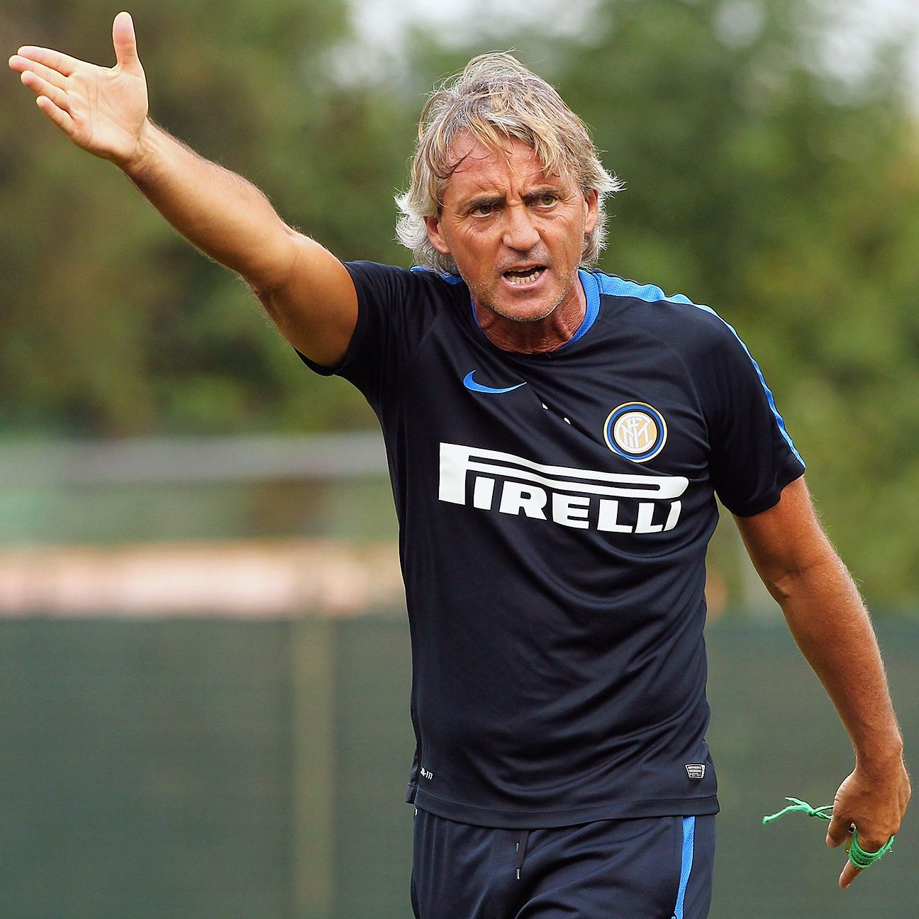 Roberto Mancini's narrow 4-3-1-2 has yielded two wins to open Inter's Serie A campaign.