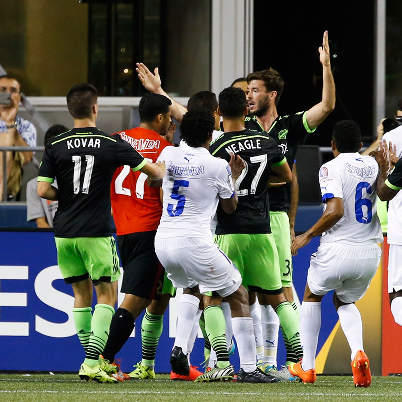 Brad Evans' celebration of Seattle's late winner against Olimpia should make for a boiling atmosphere next week when the two teams meet in Tegucigalpa.