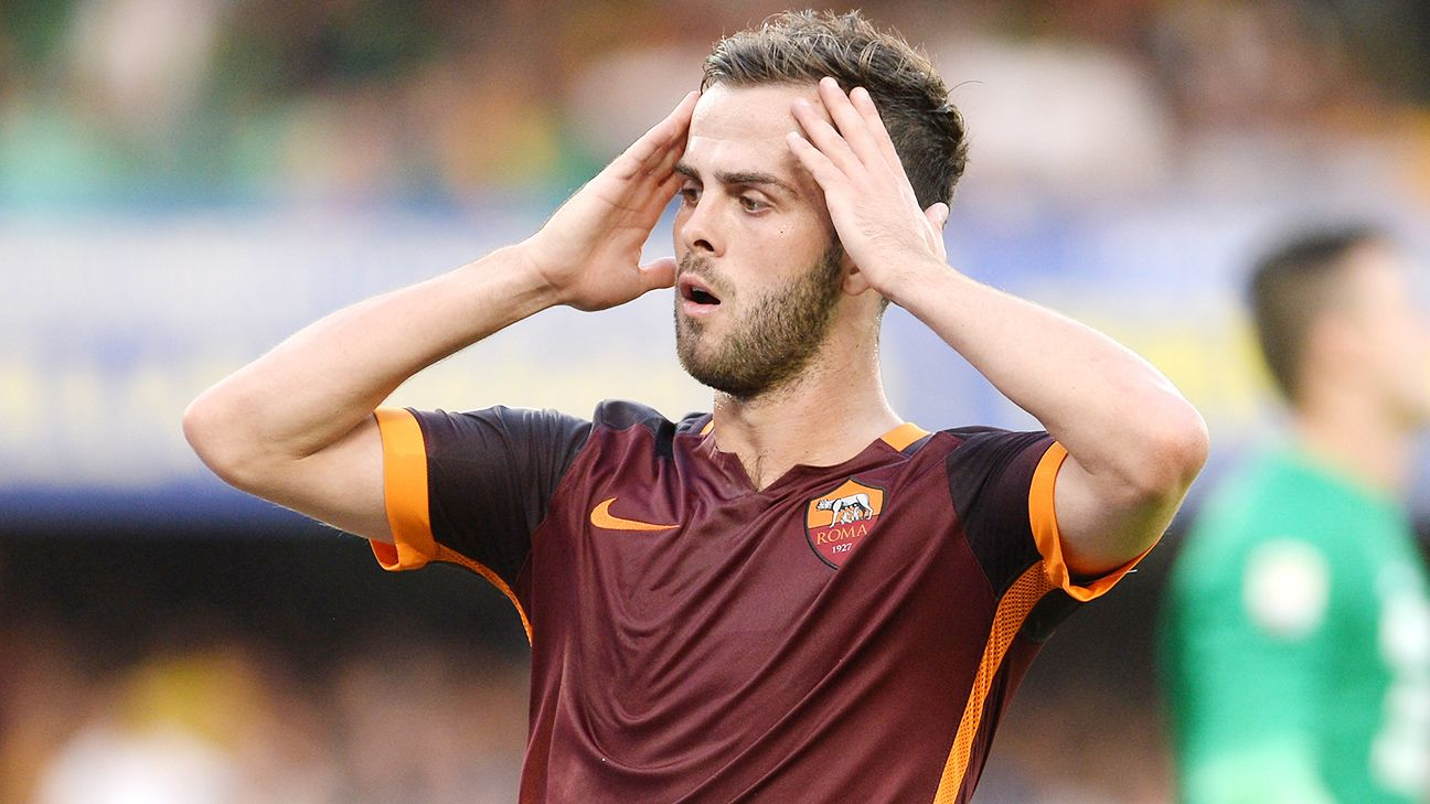 Miralem Pjanic and the Roma midfield struggled in their Serie A opener at Hellas Verona.