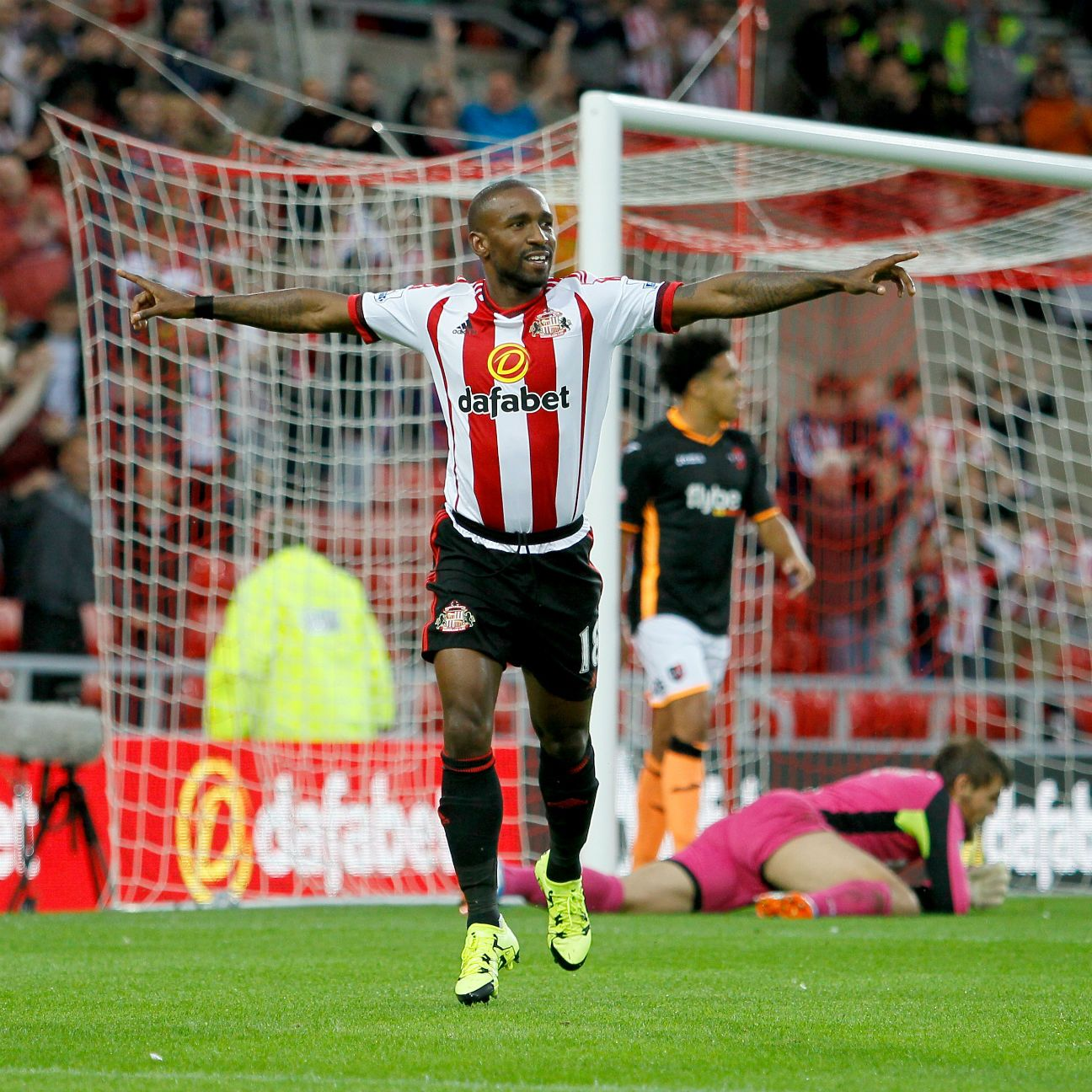 With a trip to Old Trafford looming, Jermaine Defoe and Sunderland must look to take all three points at Bournemouth this weekend.
