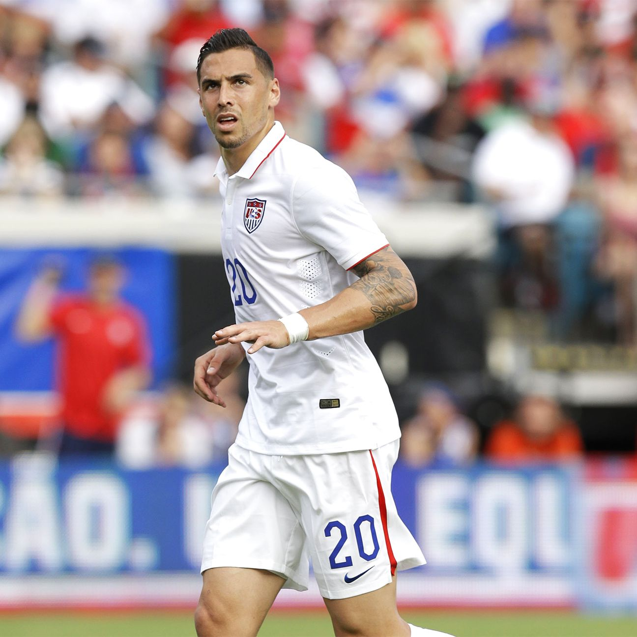 After missing the Gold Cup, Geoff Cameron is back for the U.S. in their preparation for October's playoff match versus Mexico.