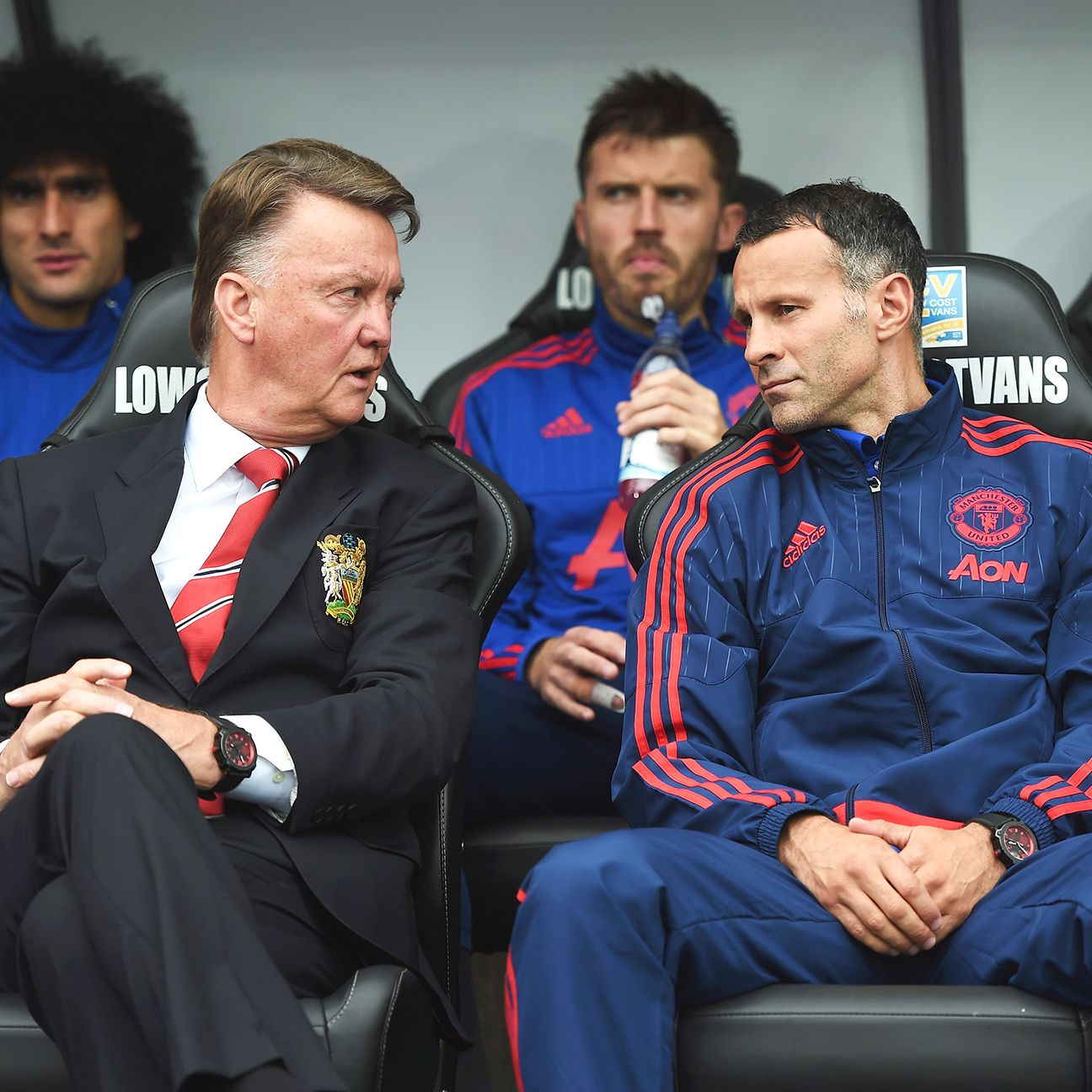Ryan Giggs is assuredly reaping the benefits of sitting next to Louis van Gaal, despite Manchester United's disappointing results.
