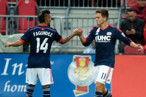 Diego Fagundez and Kelyn Rowe each scored in the Revolution's 3-1 win over Toronto FC.