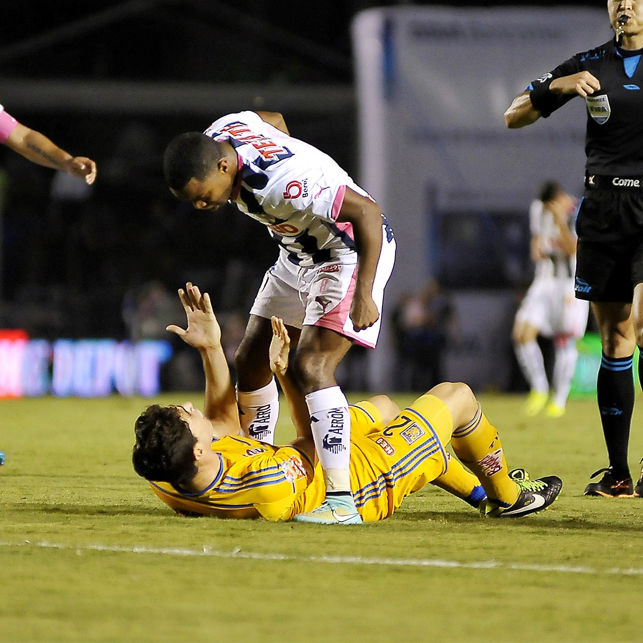 As evidenced by their testy 2014 clash, there is little love when Monterrey and Tigres square off.