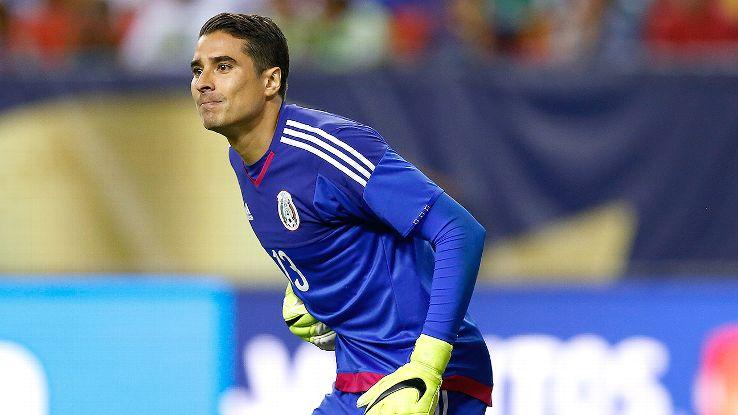 'Memo Ochoa is wasting his time in Malaga' - Hugo Sanchez ...