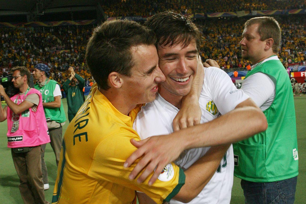 Sydney FC signs former Socceroo defender, midfielder Luke Wilkshire