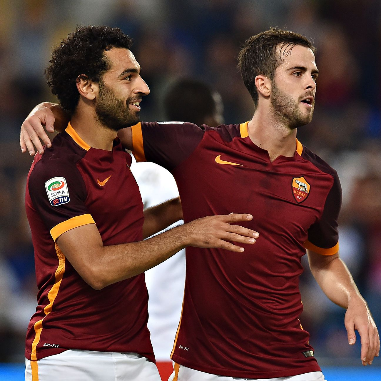 Roma snapped a three-match winless skid with Saturday's 5-1 win over Carpi.