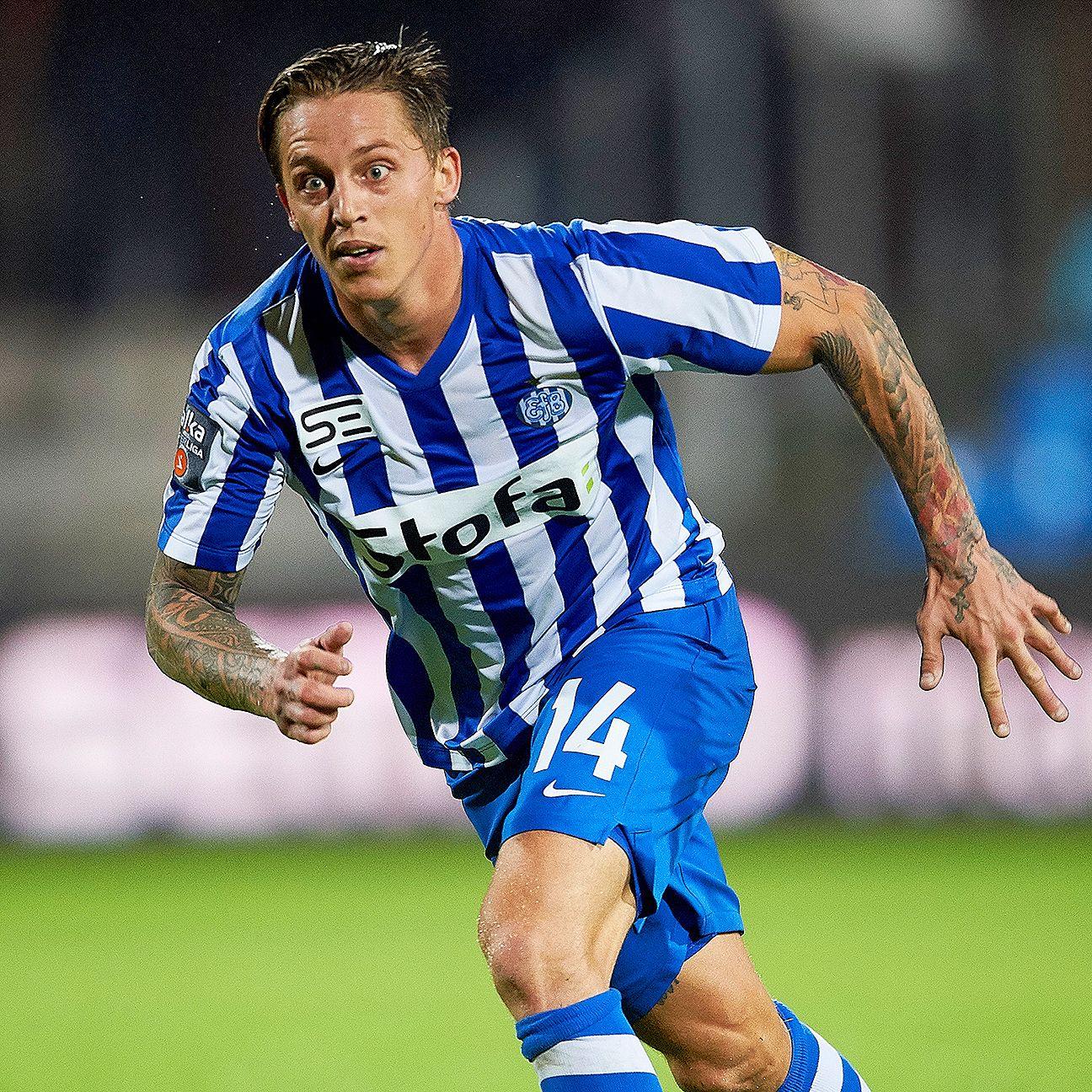Nicki Bille Nielsen scored both goals for Esbjerg against Hobro on Monday.
