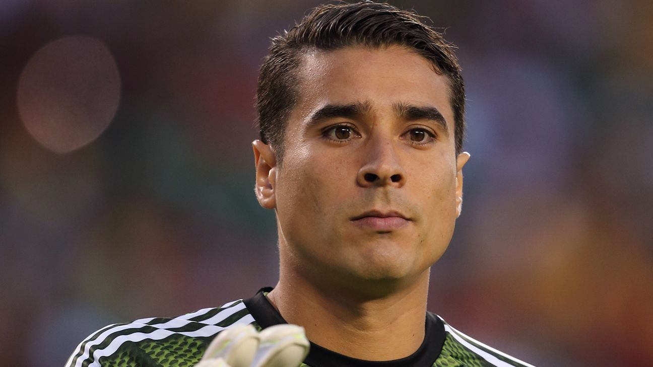Mexico guillermo ochoa needs fresh start after being - Guillermo ochoa wallpaper ...