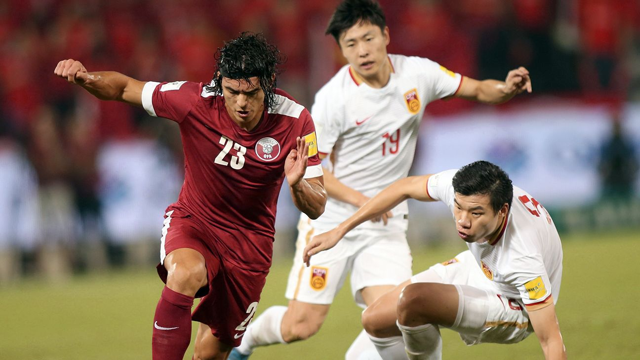 China's hopes of reaching their second World Cup are slipping away after a 1-0 loss in Qatar.