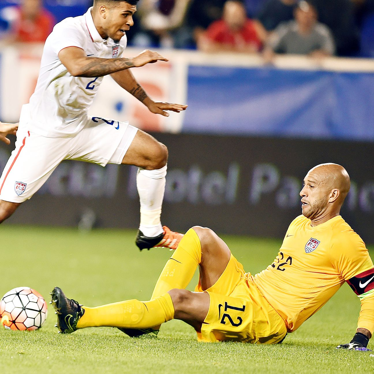 Tim Howard picked up where he left off with the national team in a stellar performance against Costa Rica.