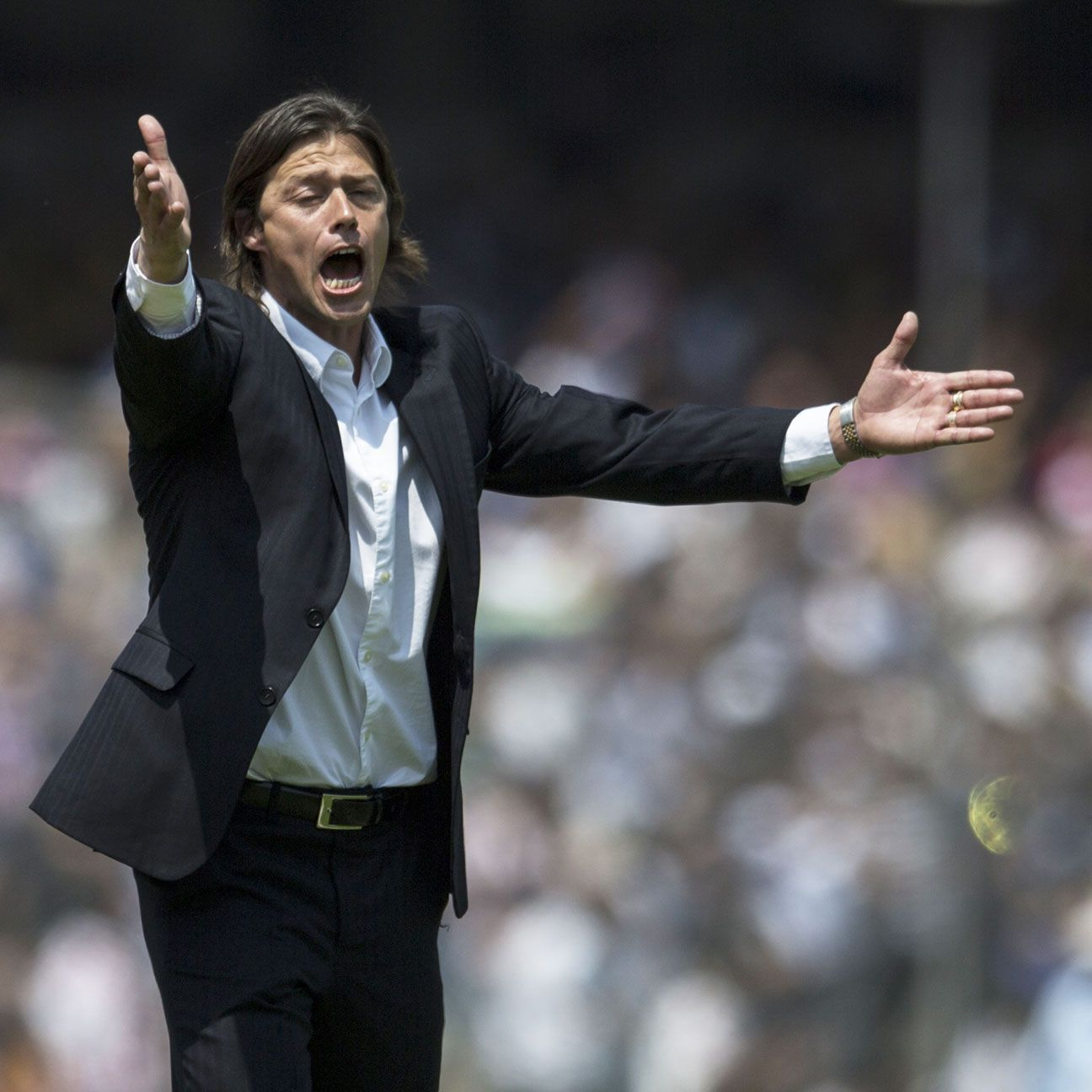 The pressure will be on Chivas boss Matias Almeyda to deliver some early wins to ease the relegation pressure on the Guadalajara club.