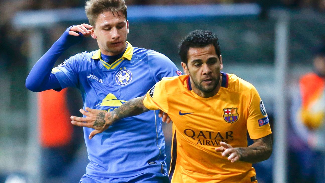 Dani Alves helped Barcelona secure their first clean sheet in nearly two months.