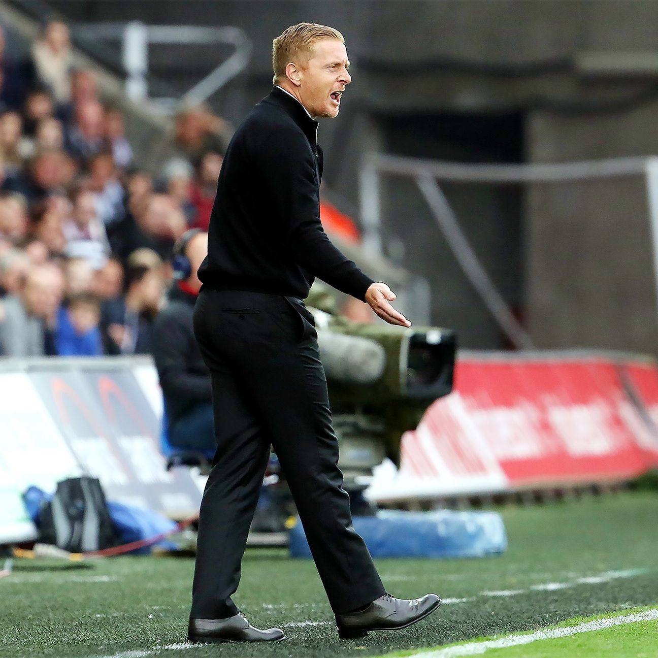 After a bright start to the 2015-16 season, things have gone south for Swansea manager Garry Monk.