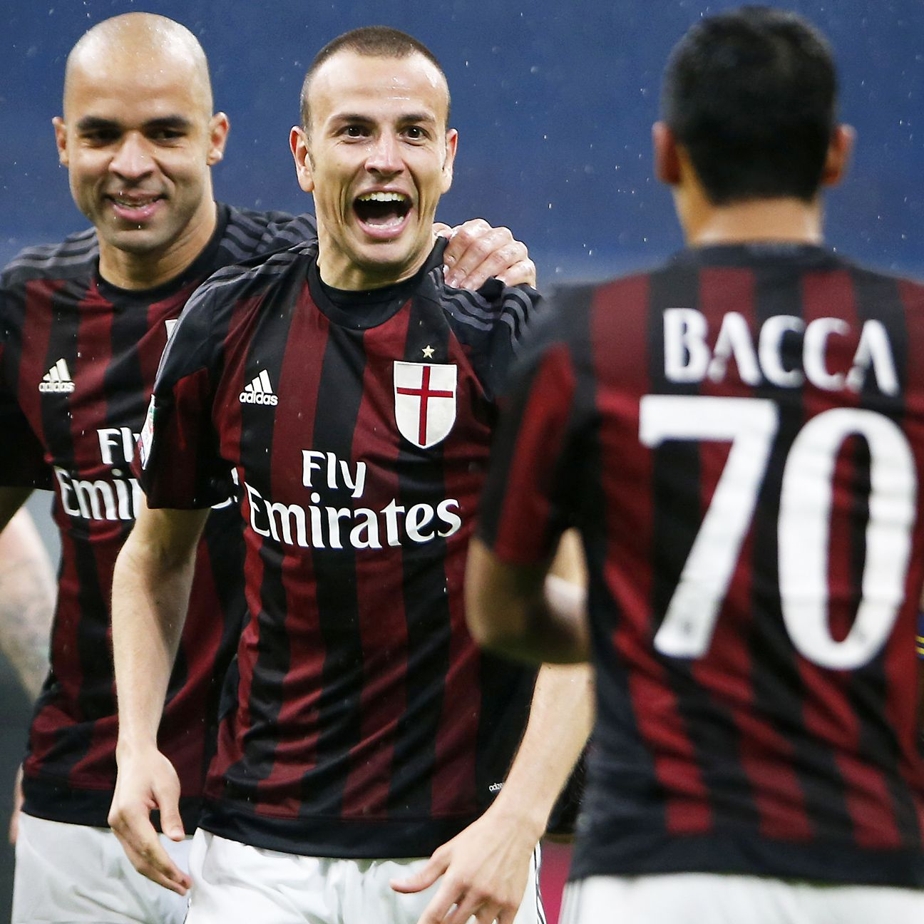 Milan will be out to extend their unbeaten streak to six when they face Juventus on Saturday.