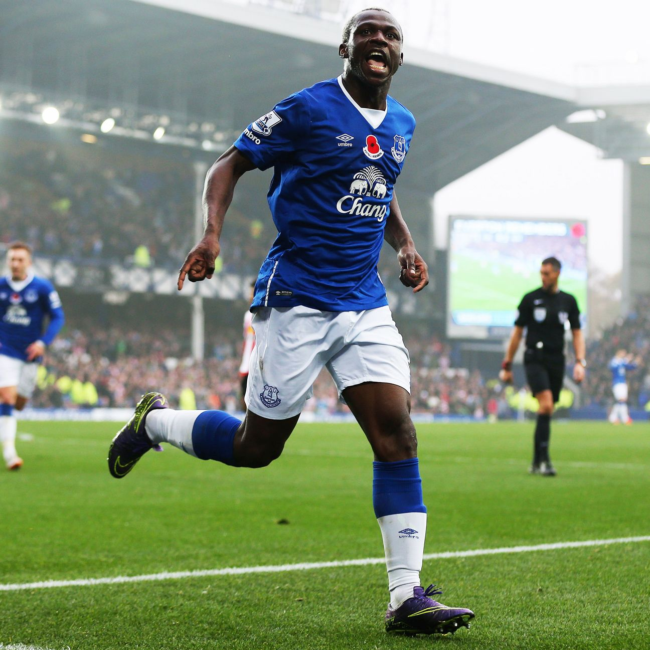 Arouna Kone enjoyed a banner day for Everton, scoring a hat trick in Sunday's win over Sunderland.